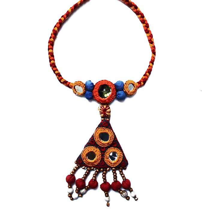 Porgai Triangle Necklace-Fabric