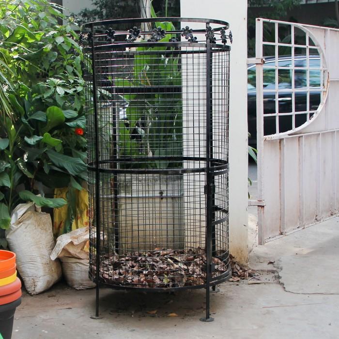 "Daily Dump Metal Leaf Composter 32"" Dia - with Leaf Design"